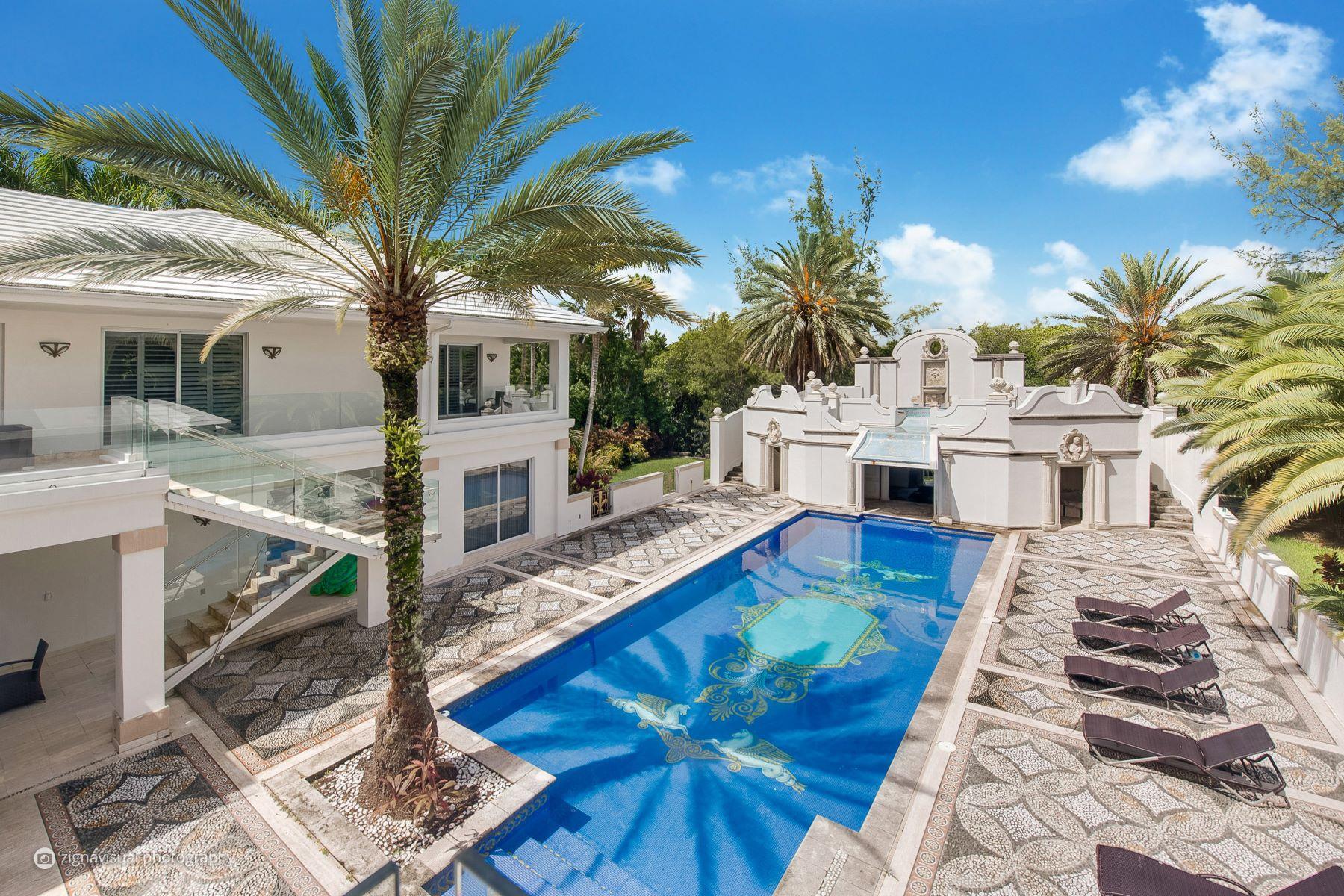 Maison unifamiliale pour l Vente à 2 Tahiti Beach Island 2Tahiti Beach Island Coral Gables, Florida, 33143 États-Unis