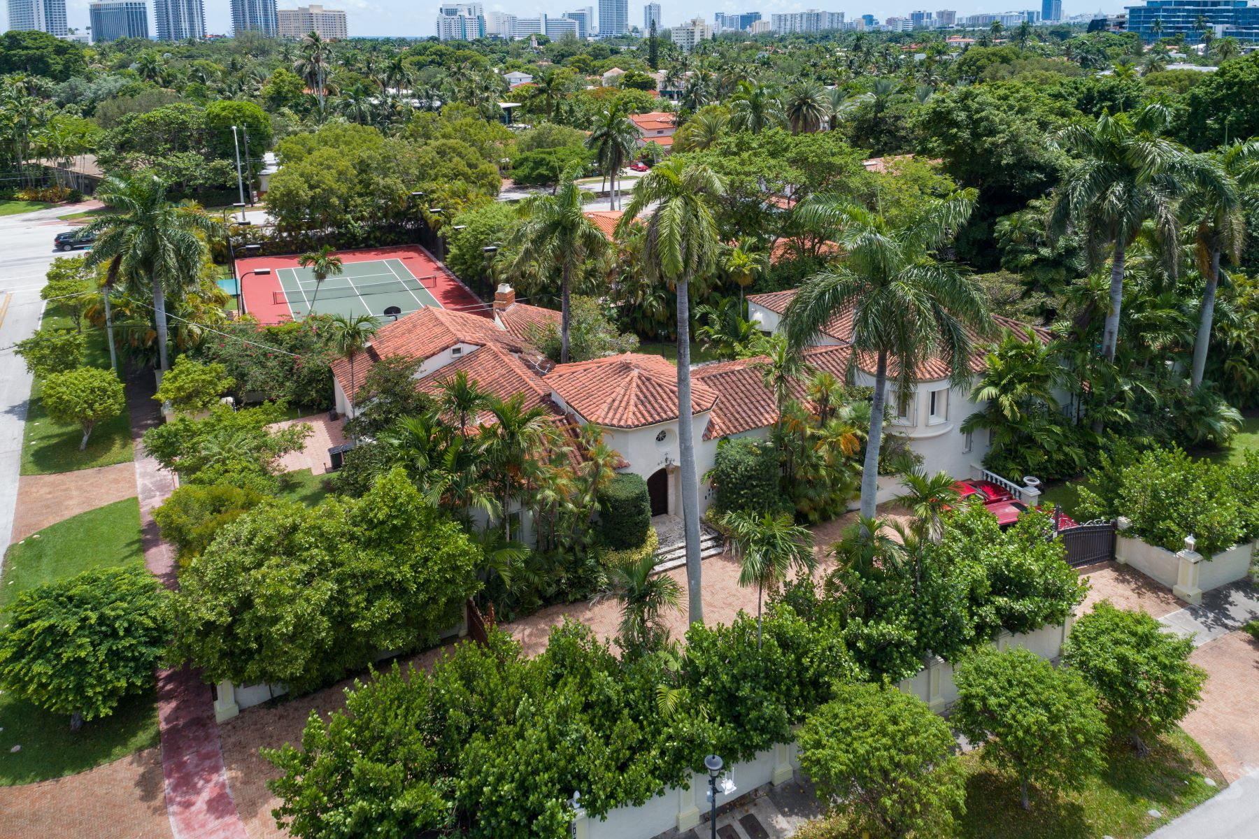 Single Family Homes for Sale at 5185 N Bay Rd Miami Beach, Florida 33140 United States