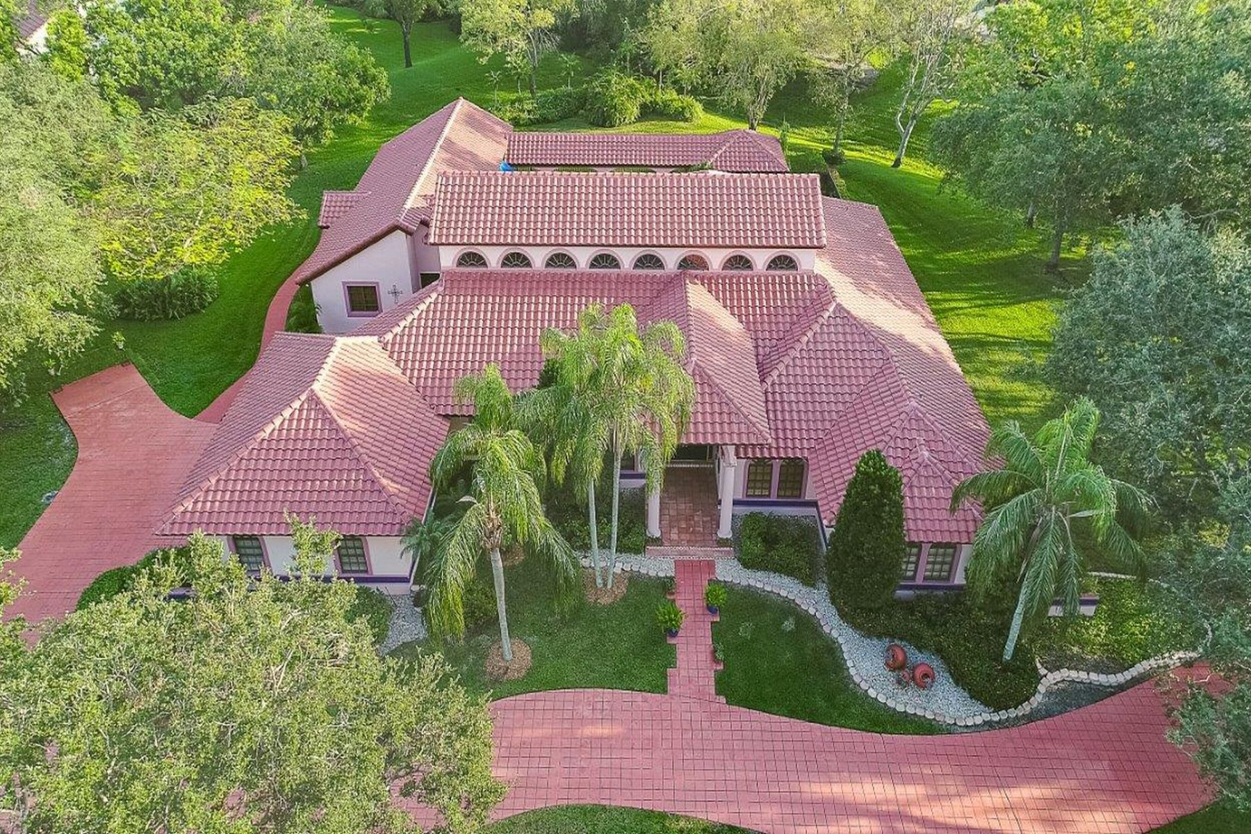 Single Family Homes für Verkauf beim Weston, Florida 33331 Vereinigte Staaten