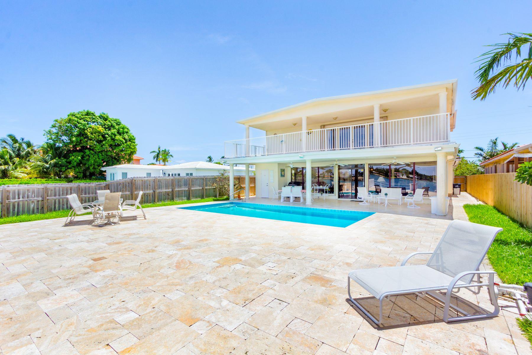Vivienda unifamiliar por un Venta en 1171 Stillwater Dr Miami Beach, Florida, 33141 Estados Unidos