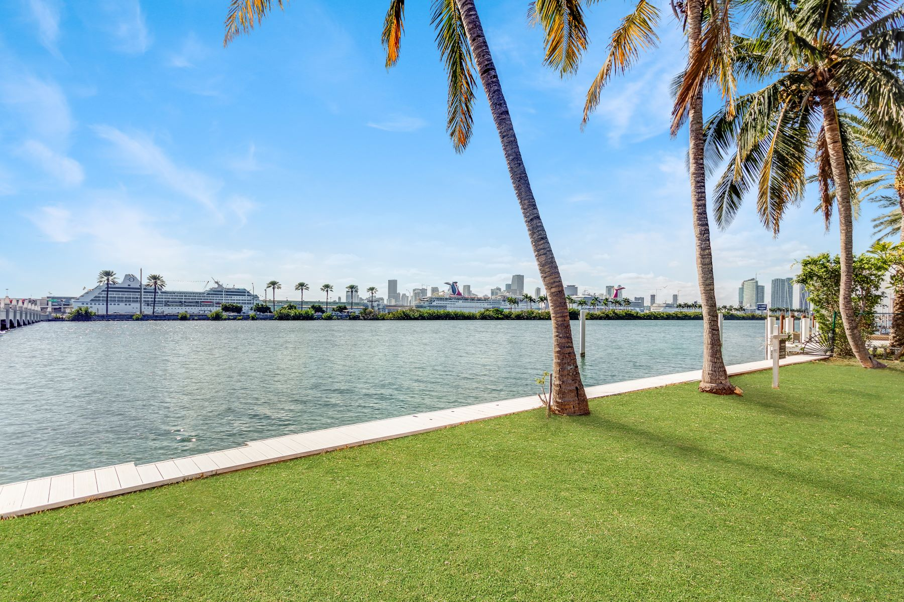 Land for Active at 158 Palm Ave Miami Beach, Florida 33139 United States