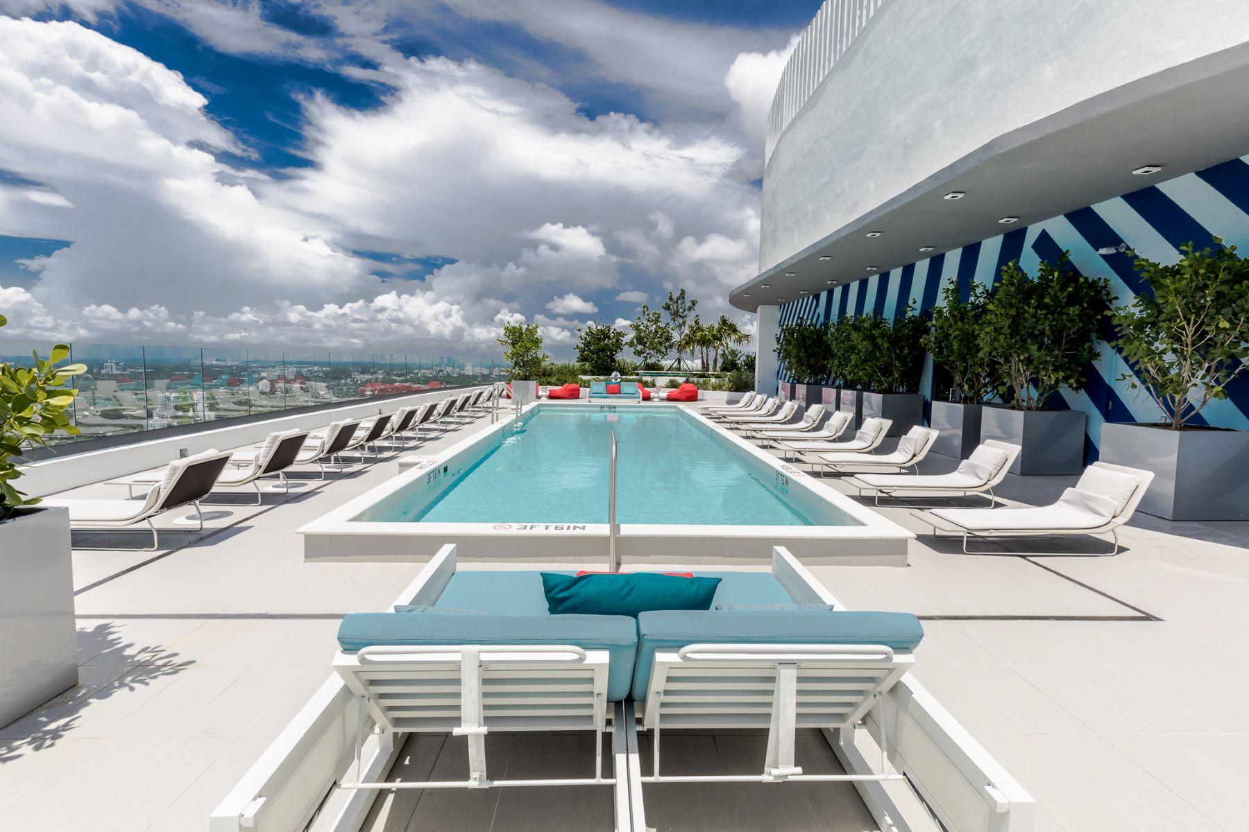 Condomínio para Locação às 45 Sw 9th Street 45 Sw 9th Street 2207 Miami, Florida 33130 Estados Unidos