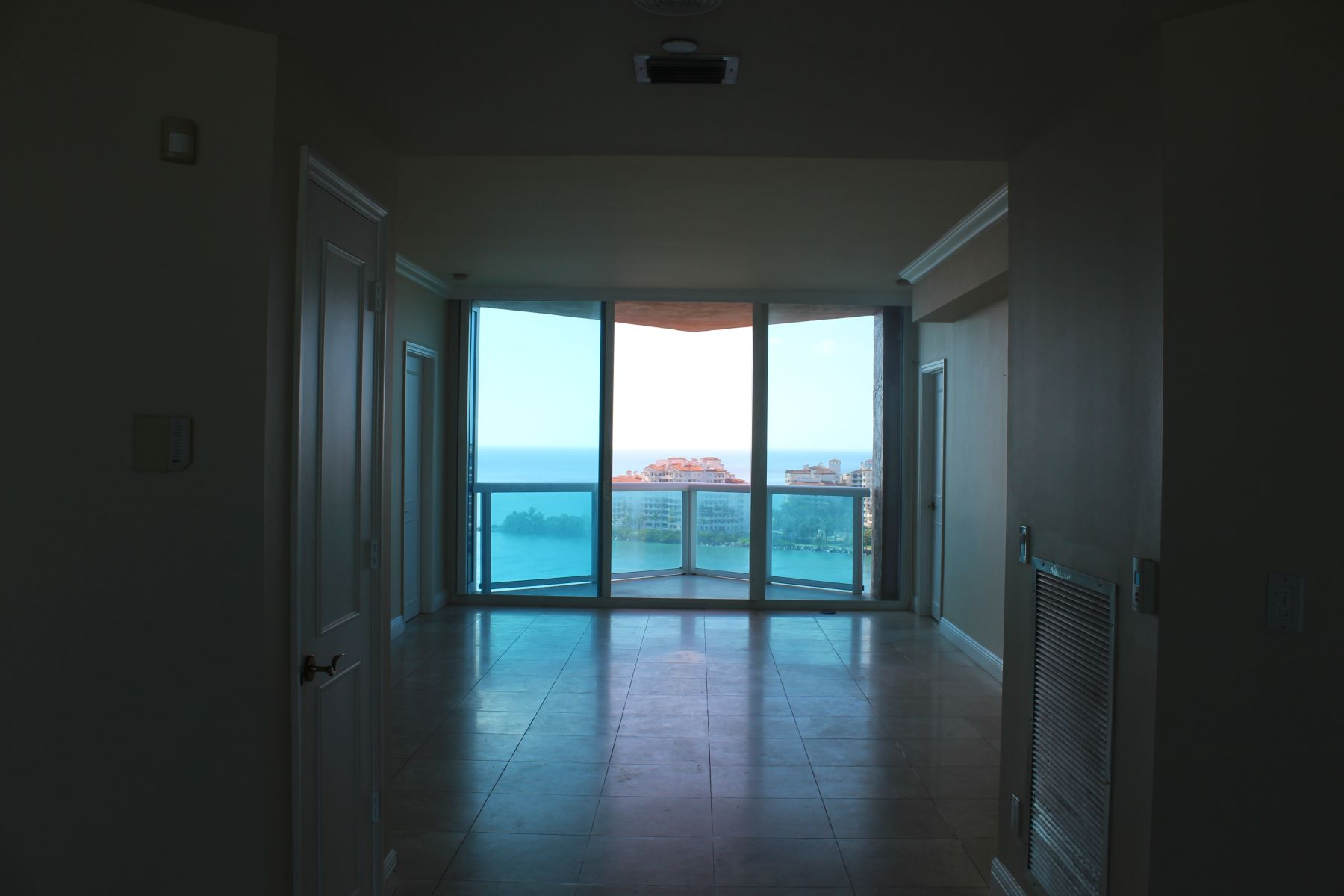 rentals property at 300 S Pointe Dr #1704