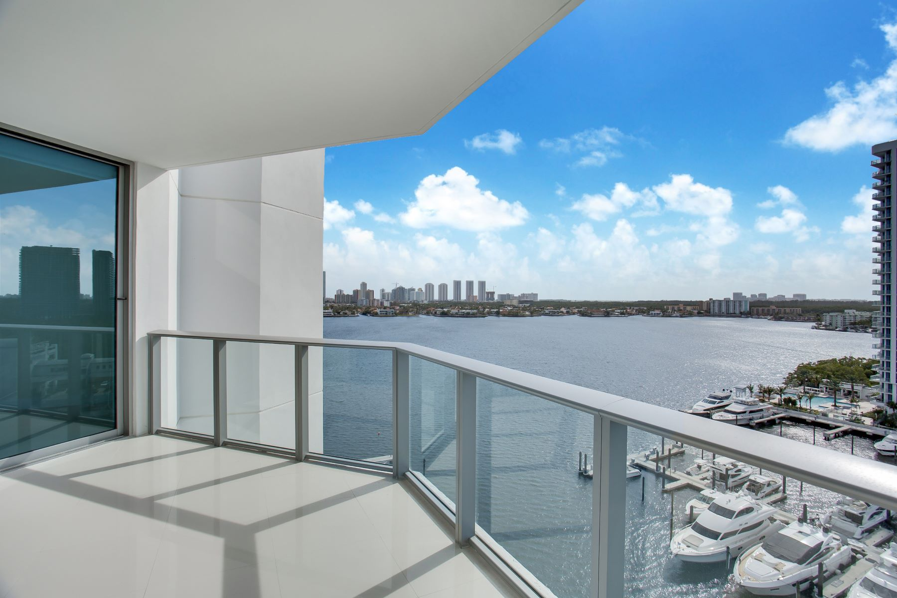 condominiums for Active at 17301 Biscayne Boulevard #1103 17301 Biscayne Boulevard 1103 North Miami Beach, Florida 33160 United States