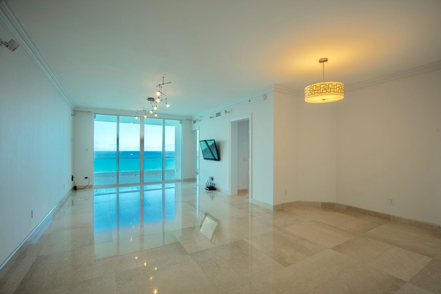 Apartment for Rent at 16051 Collins Ave 16051 Collins Ave 2802, Sunny Isles Beach, Florida 33160 United States