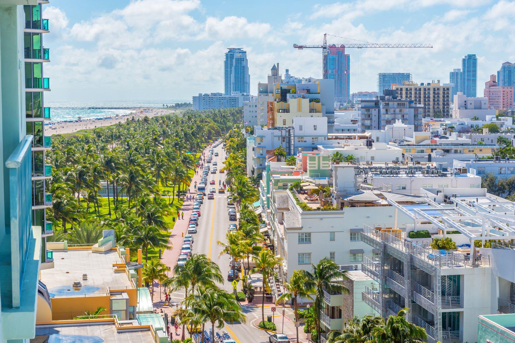 Condominiums for Rent at 1500 Ocean Dr 1010 Miami Beach, Florida 33139 United States