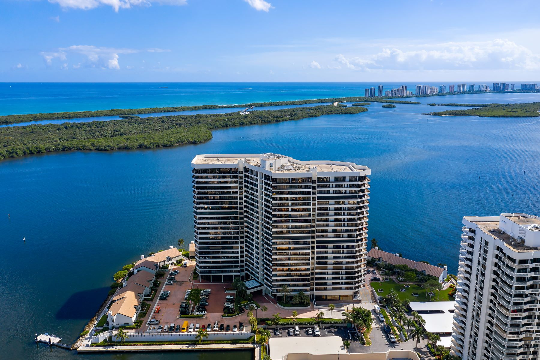 Condominiums for Sale at 100 Lakeshore Drive 1252 North Palm Beach, Florida 33408 United States