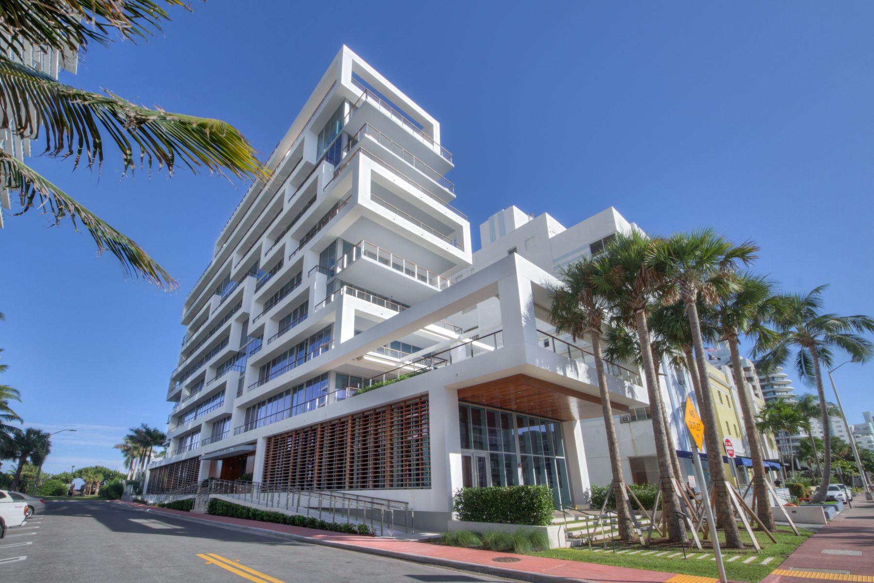 Appartement en copropriété pour l à louer à 3651 Collins Ave #700 3651 Collins Ave 700, Miami Beach, Florida 33140 États-Unis