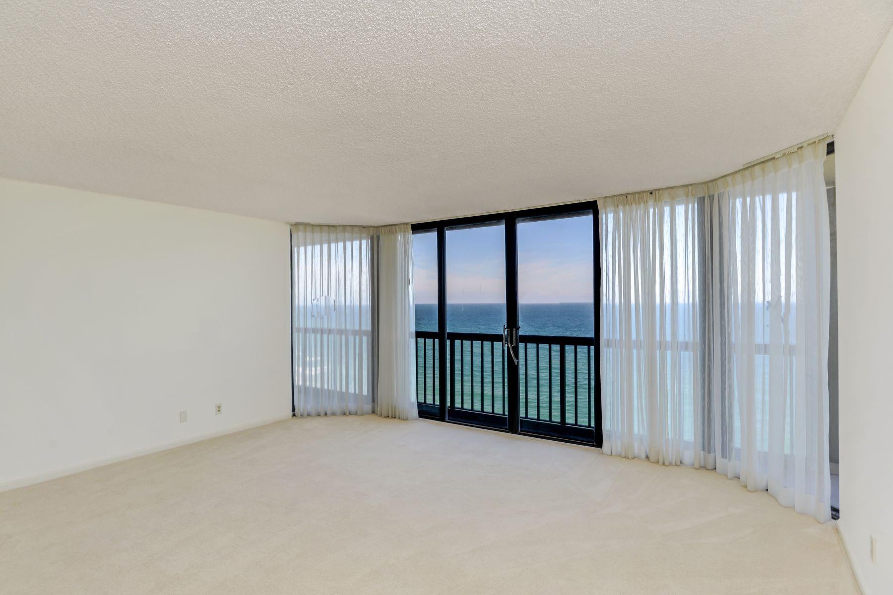 Copropriété pour l Vente à 9550 S Ocean Drive #1505 9550 S Ocean Drive 1505 Jensen Beach, Florida 34957 États-Unis