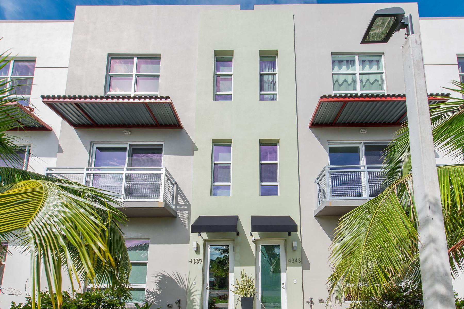 Stadthaus für Verkauf beim 4343 Ne 1st Ter 4343 Ne 1st Ter 4, Oakland Park, Florida, 33334 Vereinigte Staaten