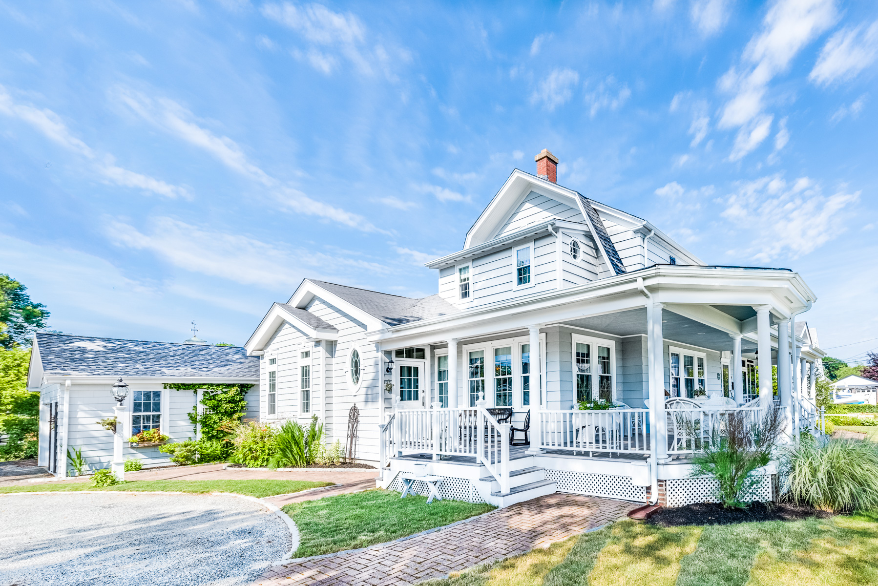 Single Family Home for Sale at 4 Matteson St, North Kingstown, RI North Kingstown, Rhode Island 02852 United States