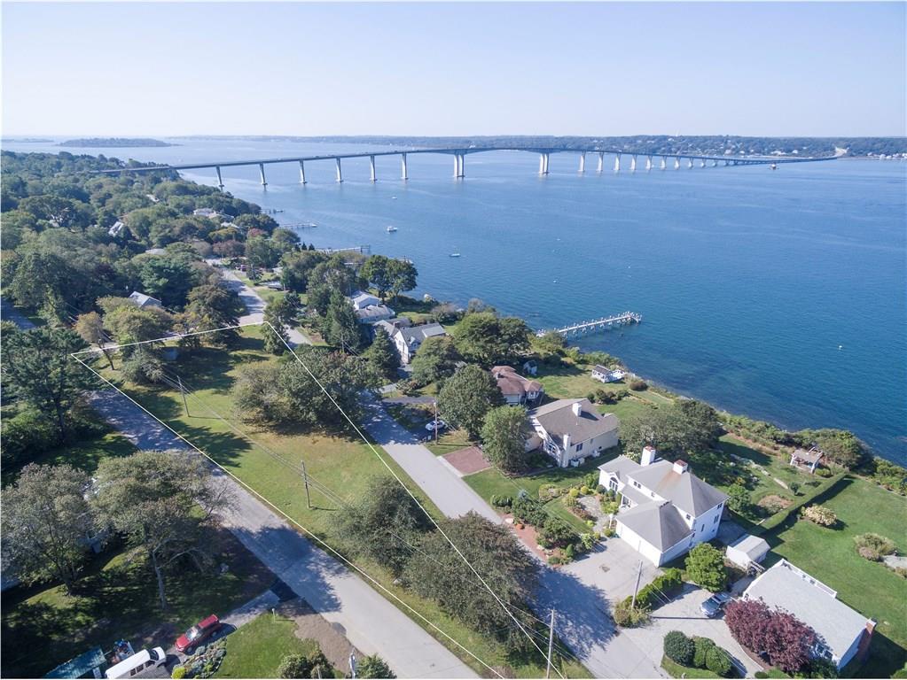 Земля для того Продажа на 215 Seaside Dr, Jamestown, RI 215 Seaside Dr Jamestown, Род-Айленд 02835 Соединенные Штаты