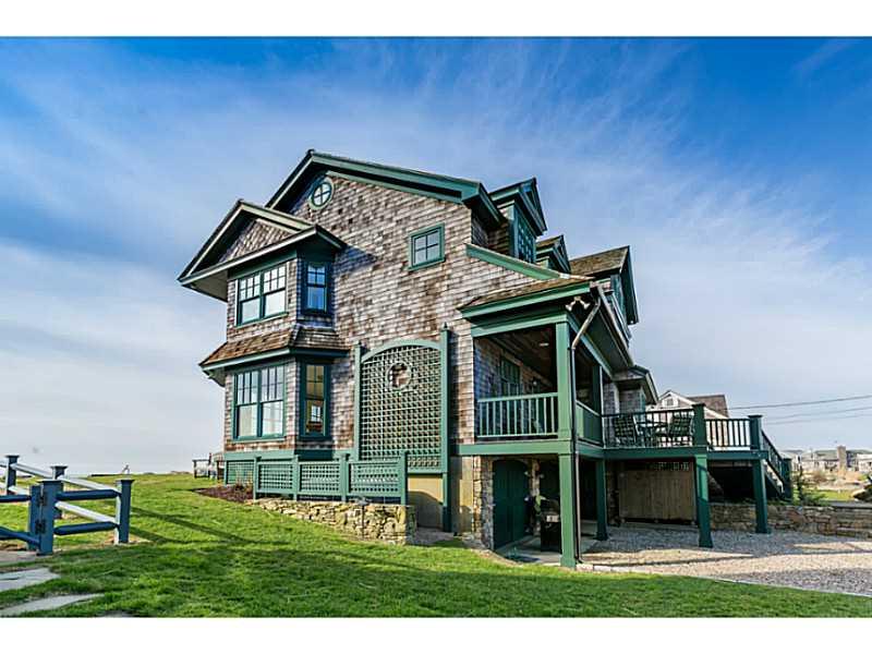 Moradia para Venda às 165 Surfside Av, Charlestown, RI Charlestown, Rhode Island, 02813 Estados Unidos