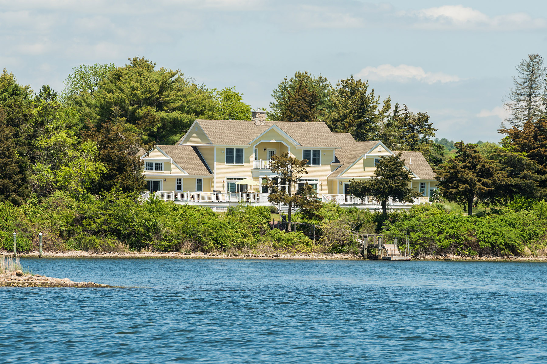 Single Family Home for Sale at 68 Gray's Point Rd, Charlestown, RI Charlestown, 02813 United States