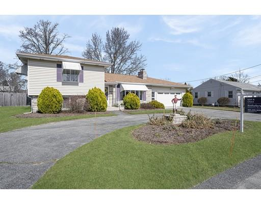 Single Family Homes 为 销售 在 220 Clearview, Somerset, MA 220 Clearview Somerset, 马萨诸塞州 02726 美国