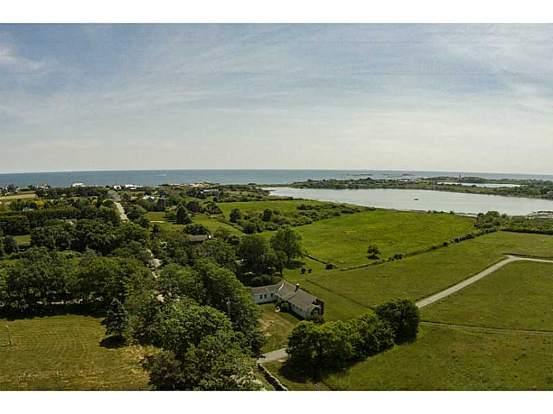 Single Family Home for Sale at 71 Warren's Point Rd, Little Compton, RI Little Compton, 02837 United States