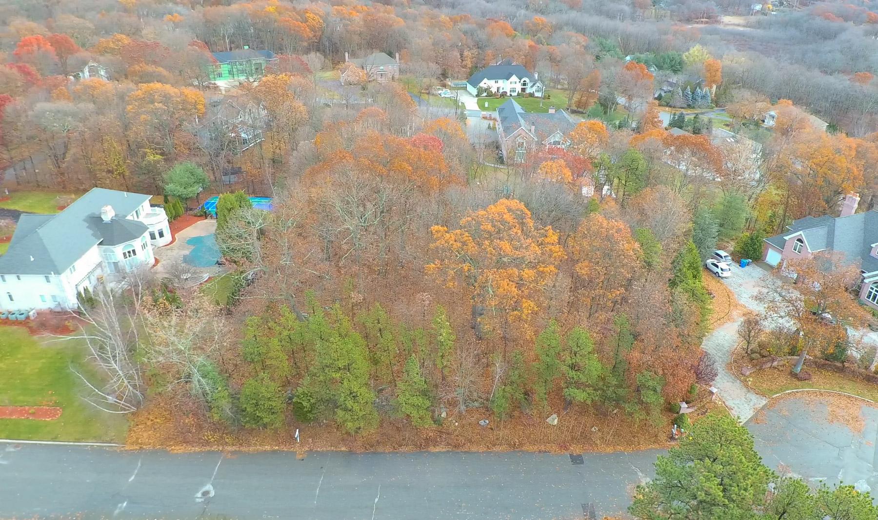 土地 为 销售 在 10 Dario Dr, Lincoln, RI Lincoln, Rhode Island 02865 United States