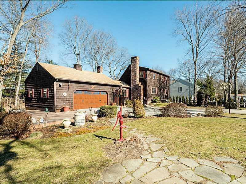 一戸建て のために 売買 アット 14 Albany St, North Providence, RI North Providence, ロードアイランド, 02904 アメリカ合衆国