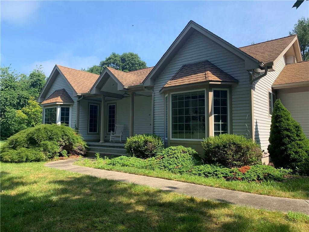 Single Family Homes للـ Sale في 41 Kinney Av., Narragansett, RI Narragansett, Rhode Island 02882 United States
