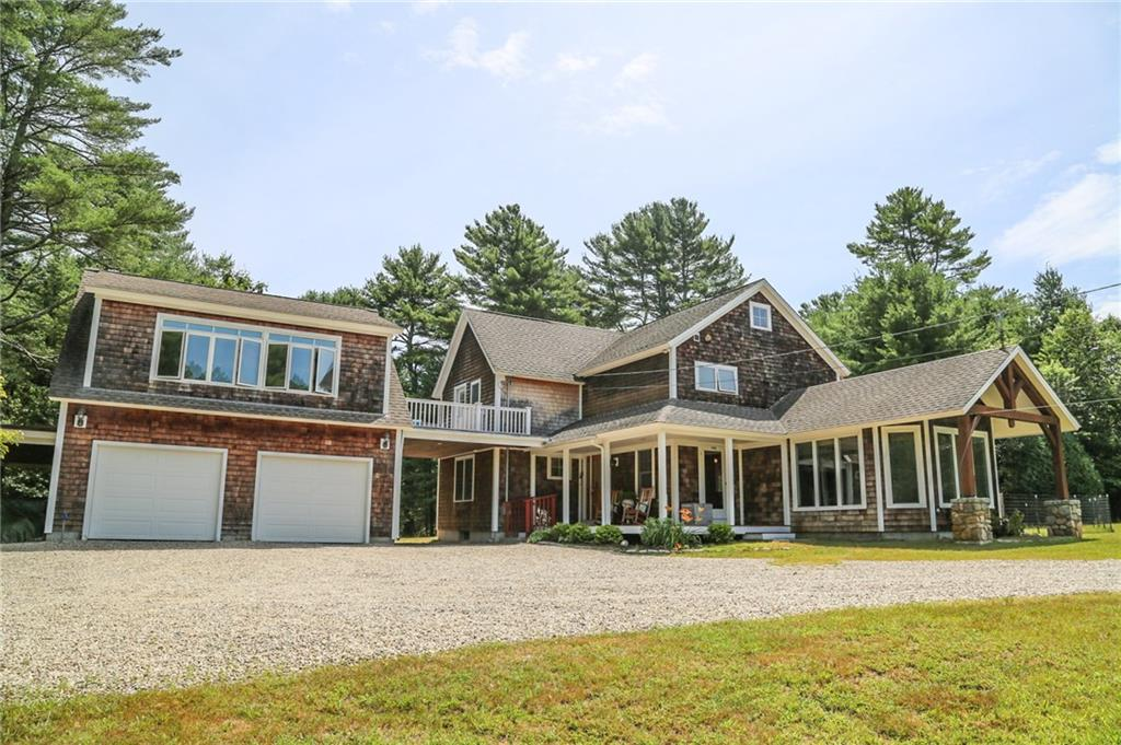 Single Family Homes for Sale at 542 Dug Way Bridge Road, South Kingstown, RI 542 Dug Way Bridge Road South Kingstown, Rhode Island 02879 United States