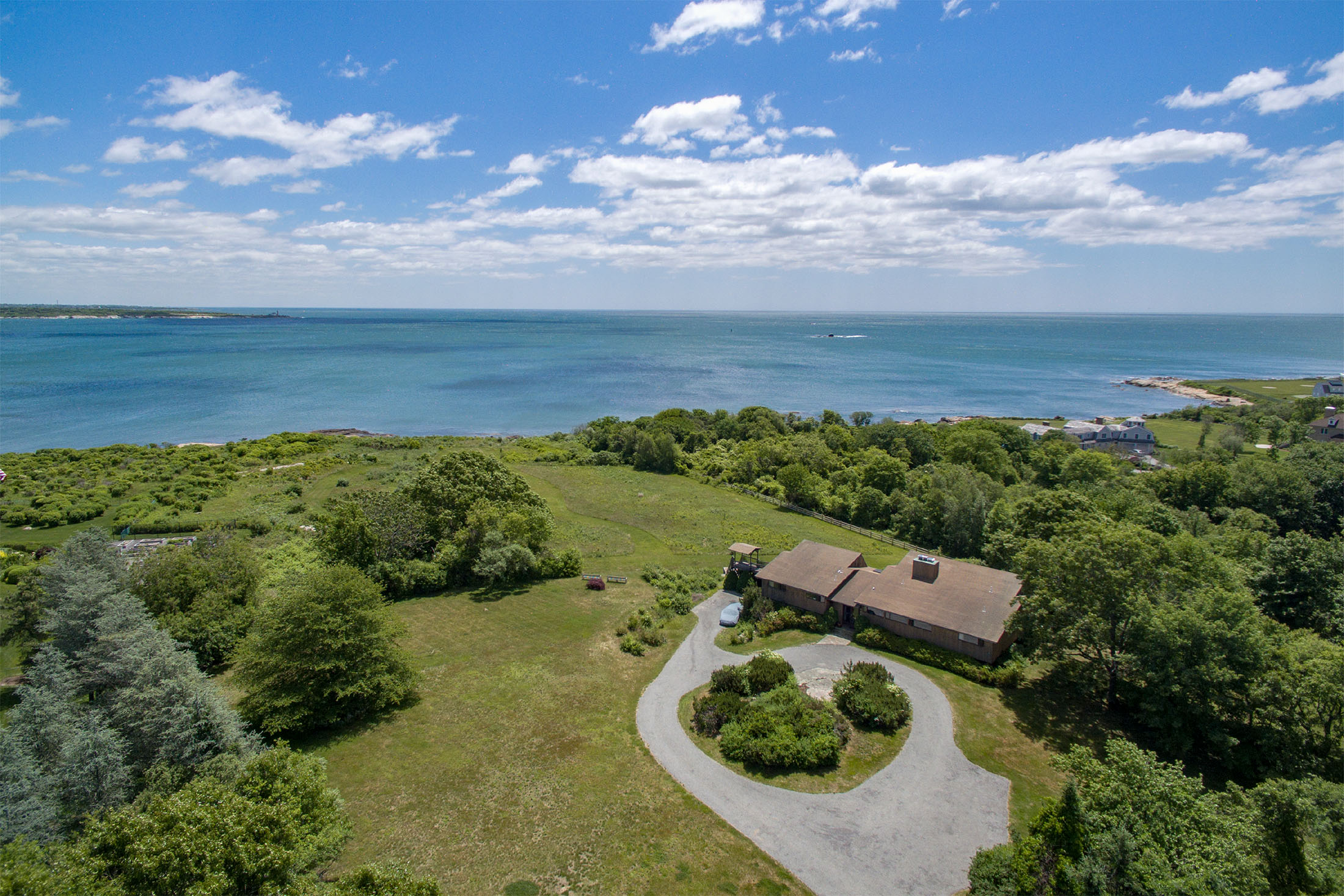 Single Family Home for Sale at 35 Peaked Rock Rd, Narragansett, RI Narragansett, 02882 United States