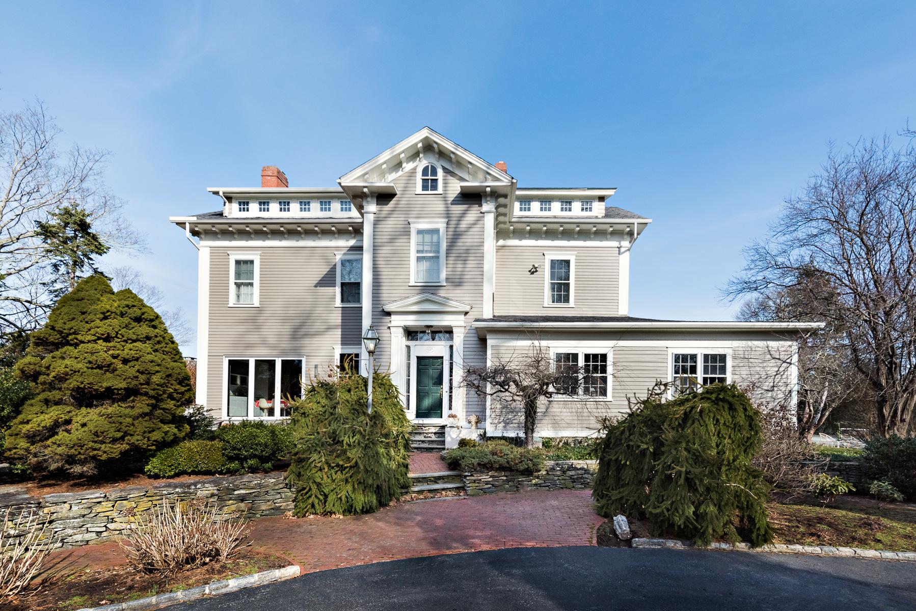 Casa Unifamiliar por un Venta en 129 RUMSTICK ROAD BARRINGTON, RHODE ISLAND 129 Rumstick Rd Barrington, Rhode Island, 02806 Estados Unidos