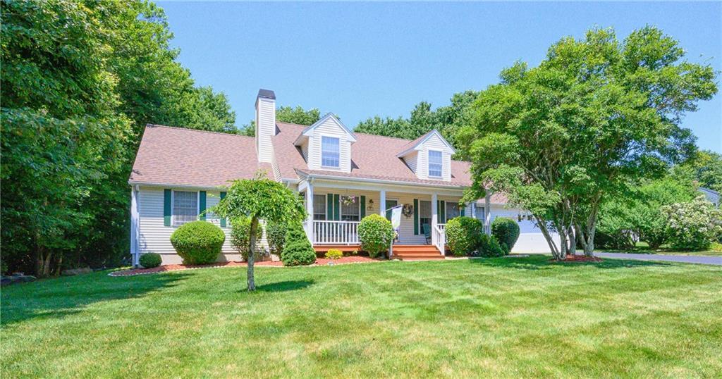 Single Family Homes للـ Sale في 99 Secluded Dr., Narragansett, RI Narragansett, Rhode Island 02882 United States