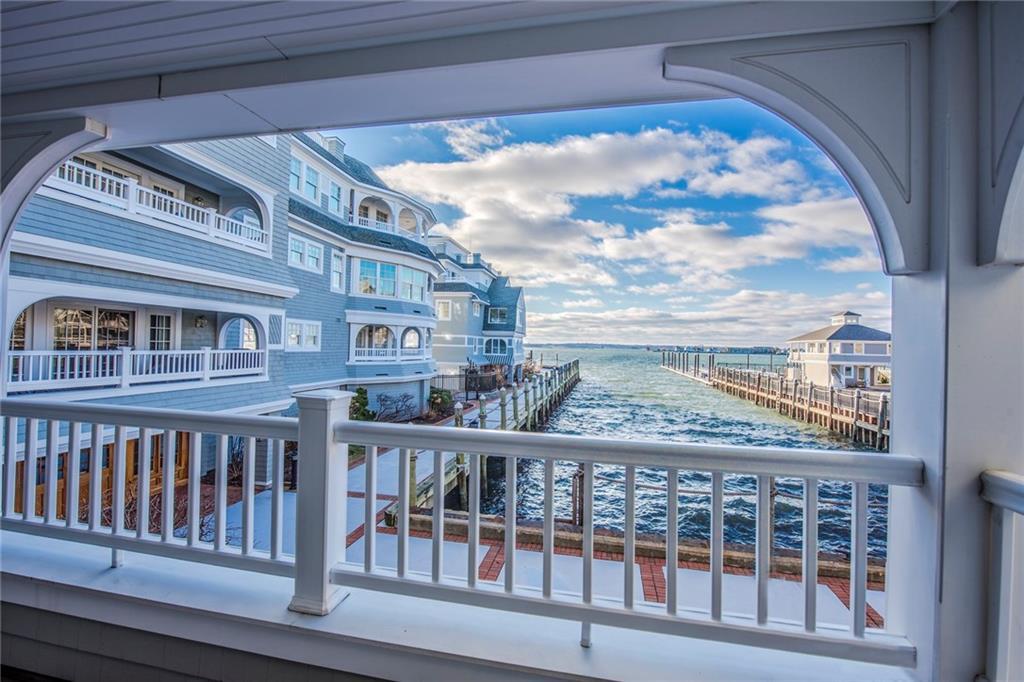 Additional photo for property listing at 24 Brown And Howard Wharf, #301, Newport, RI 24 Brown And Howard Wharf 301 Newport, Rhode Island 02840 Estados Unidos