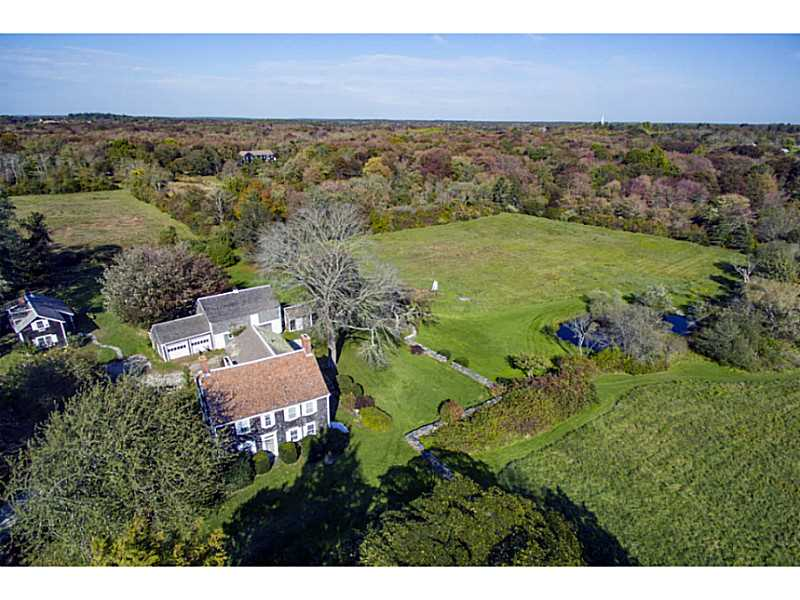 Single Family Home for Sale at 448 - 450 West Main Rd, Little Compton, RI Little Compton, Rhode Island 02837 United States