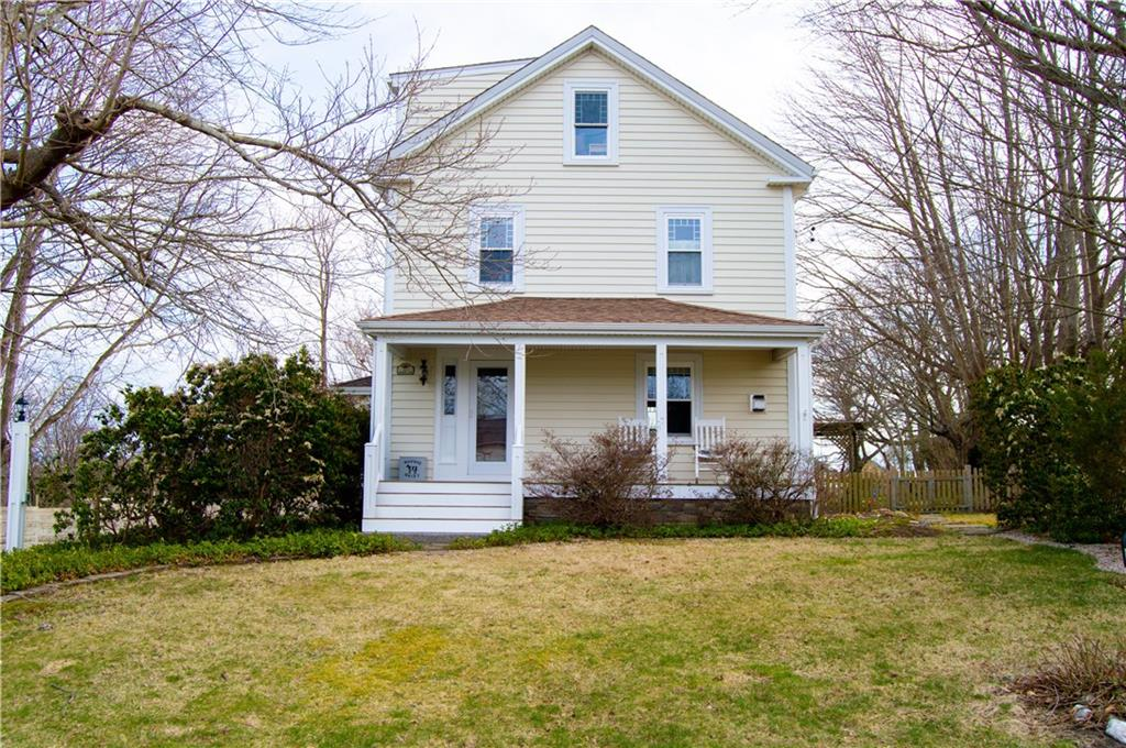 Single Family Homes for Sale at 23 Bramans Lane, Portsmouth, RI 23 Bramans Lane Portsmouth, Rhode Island 02871 United States