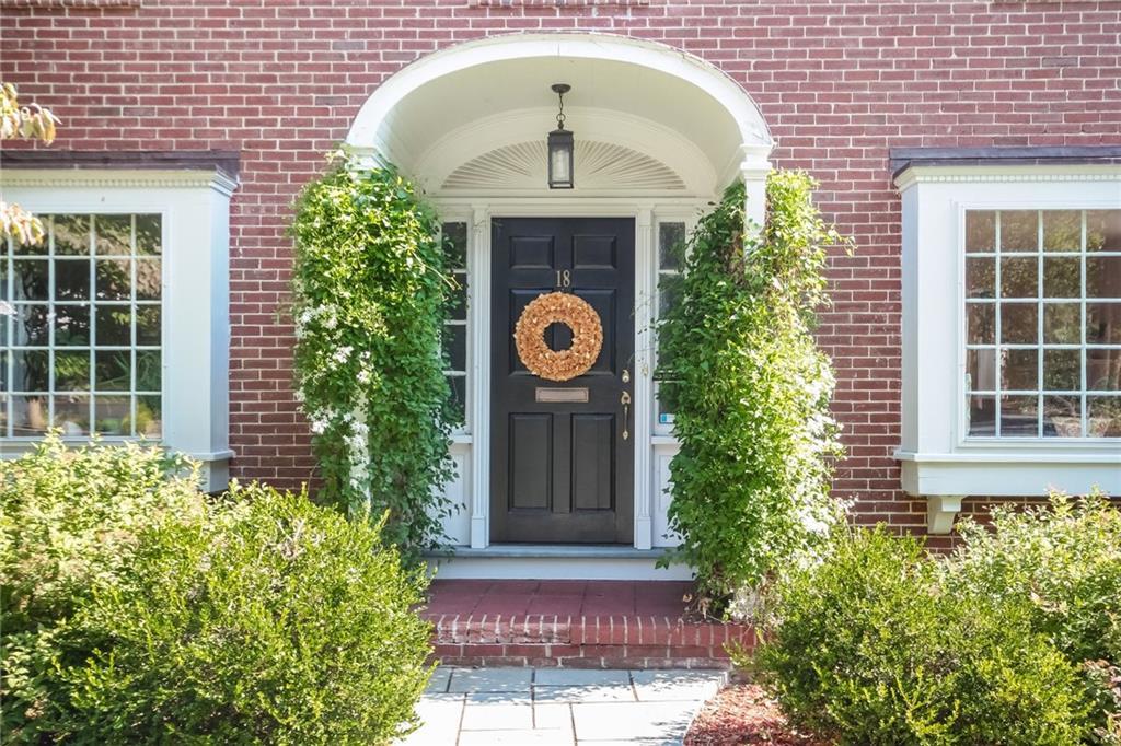 Single Family Home for Sale at 18 Wilcox Av, Pawtucket, RI 18 Wilcox Av Pawtucket, Rhode Island 02860 United States