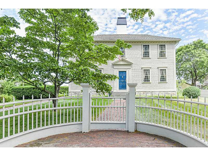 Single Family Home for Sale at 19 Pleasant St, North Kingstown, RI North Kingstown, 02852 United States