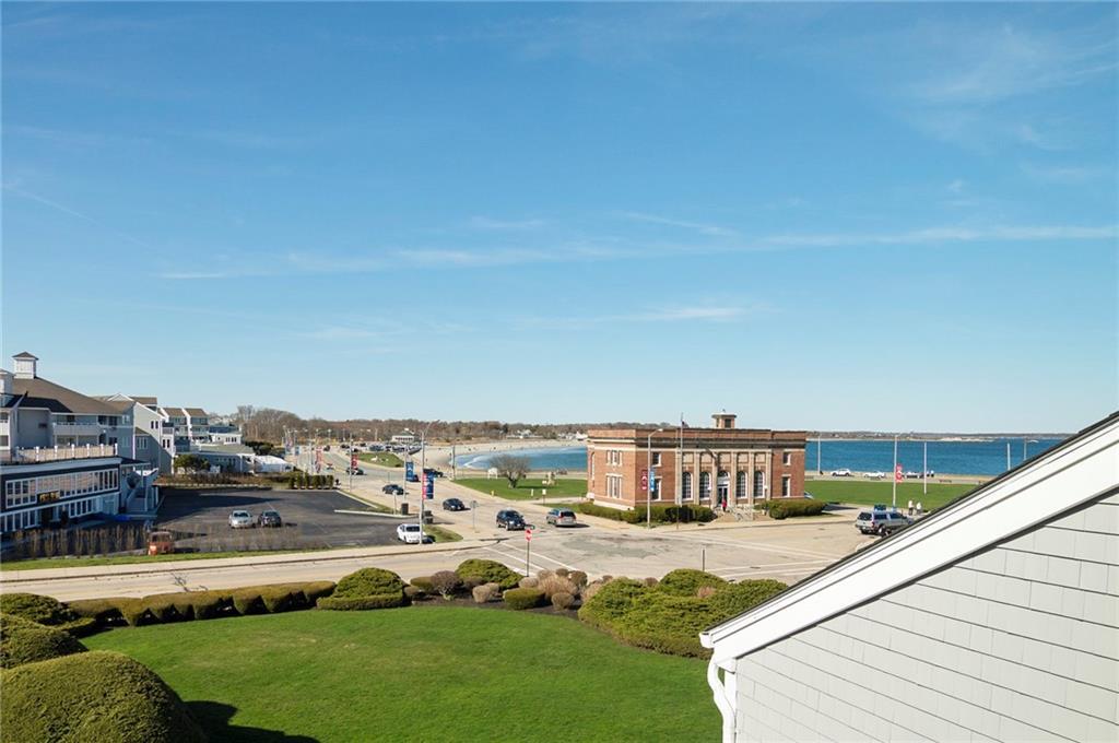 Πολυκατοικία ατομικής ιδιοκτησίας για την Πώληση στο 19 Courtway St, Narragansett, RI Narragansett, Ροουντ Αϊλαντ 02882 Ηνωμένες Πολιτείες