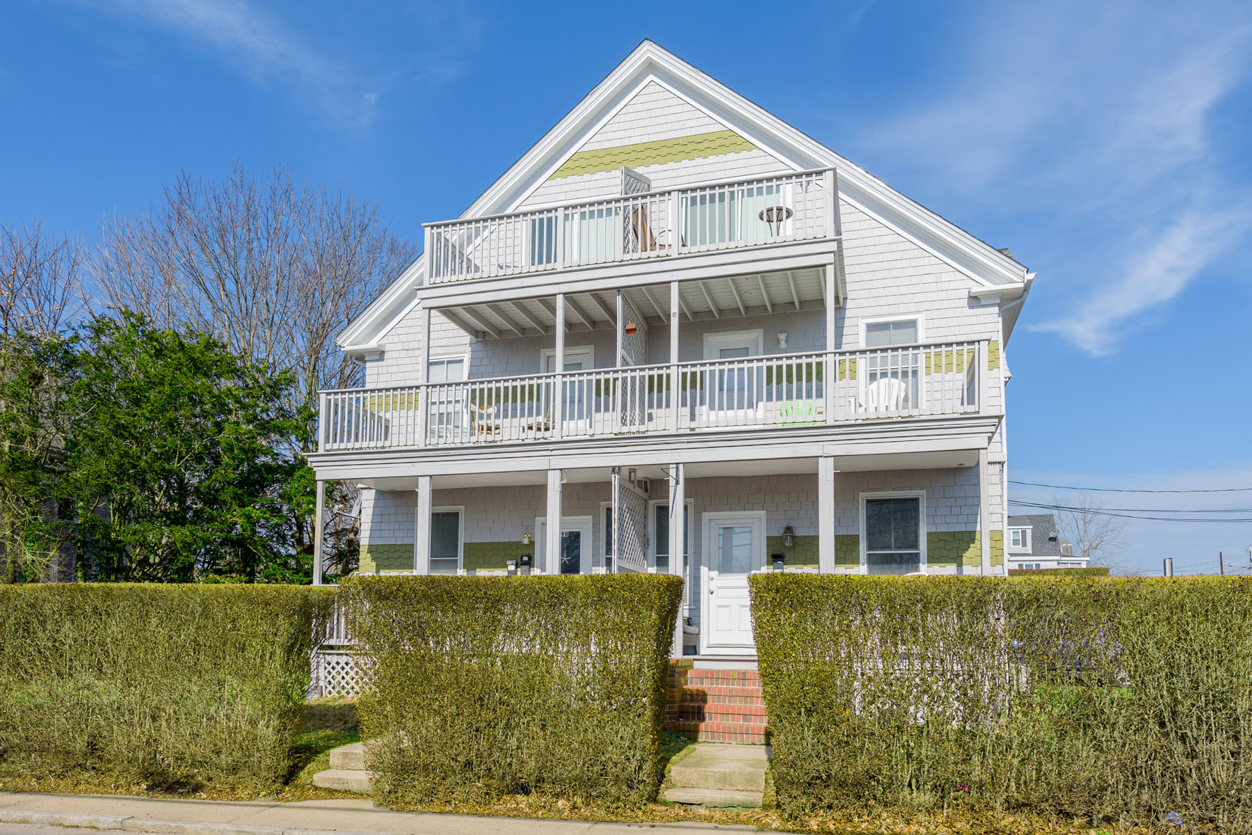 Condominium for Sale at 100 Bliss Rd, #3, Newport, RI 100 Bliss Rd 3 Newport, Rhode Island, 02840 United States