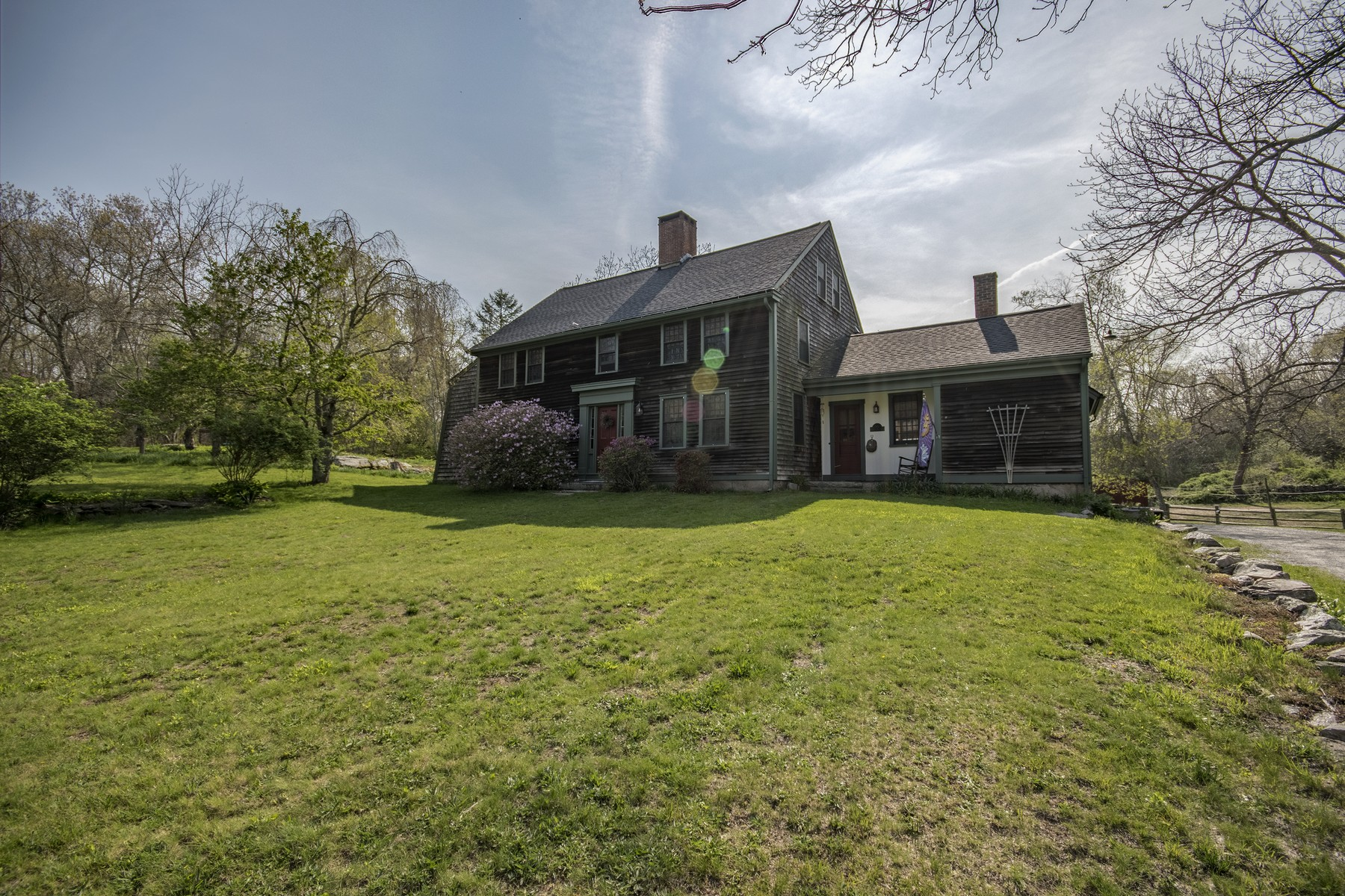 Single Family Home for Sale at 89 Diamond Hill Rd, Hopkinton, RI Hopkinton, 02808 United States