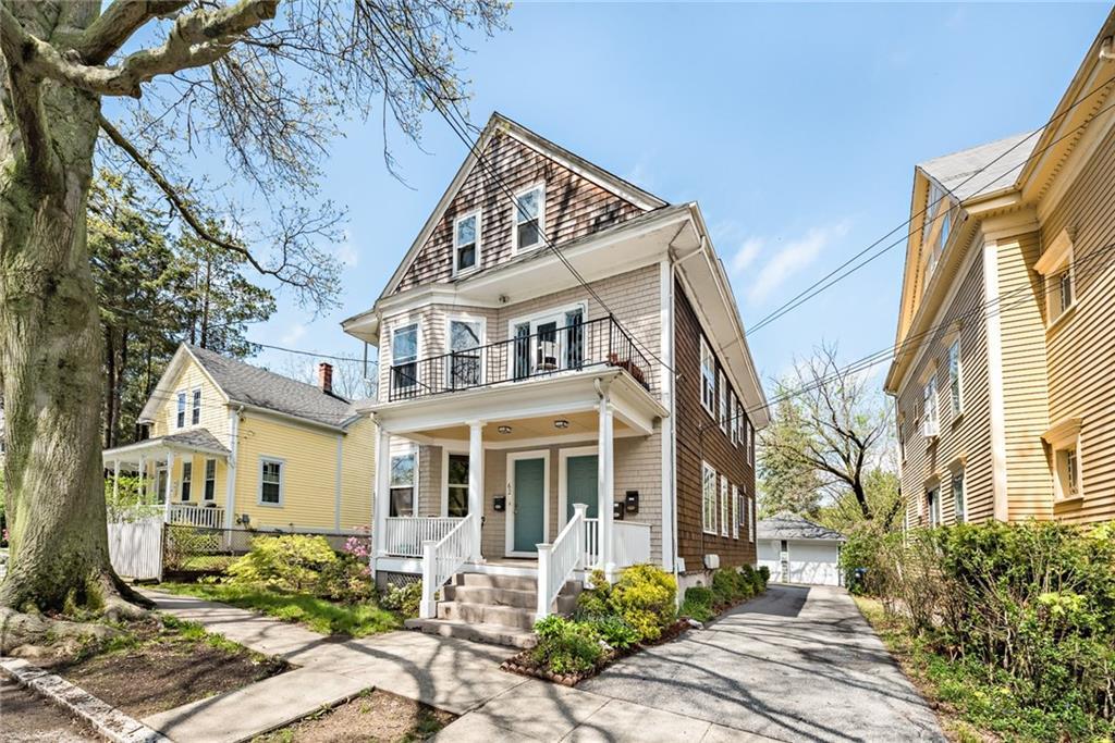 公寓 为 出租 在 64 Larch St, #2, Providence, RI 64 Larch St 2 普罗维登斯, 罗得岛 02906 美国