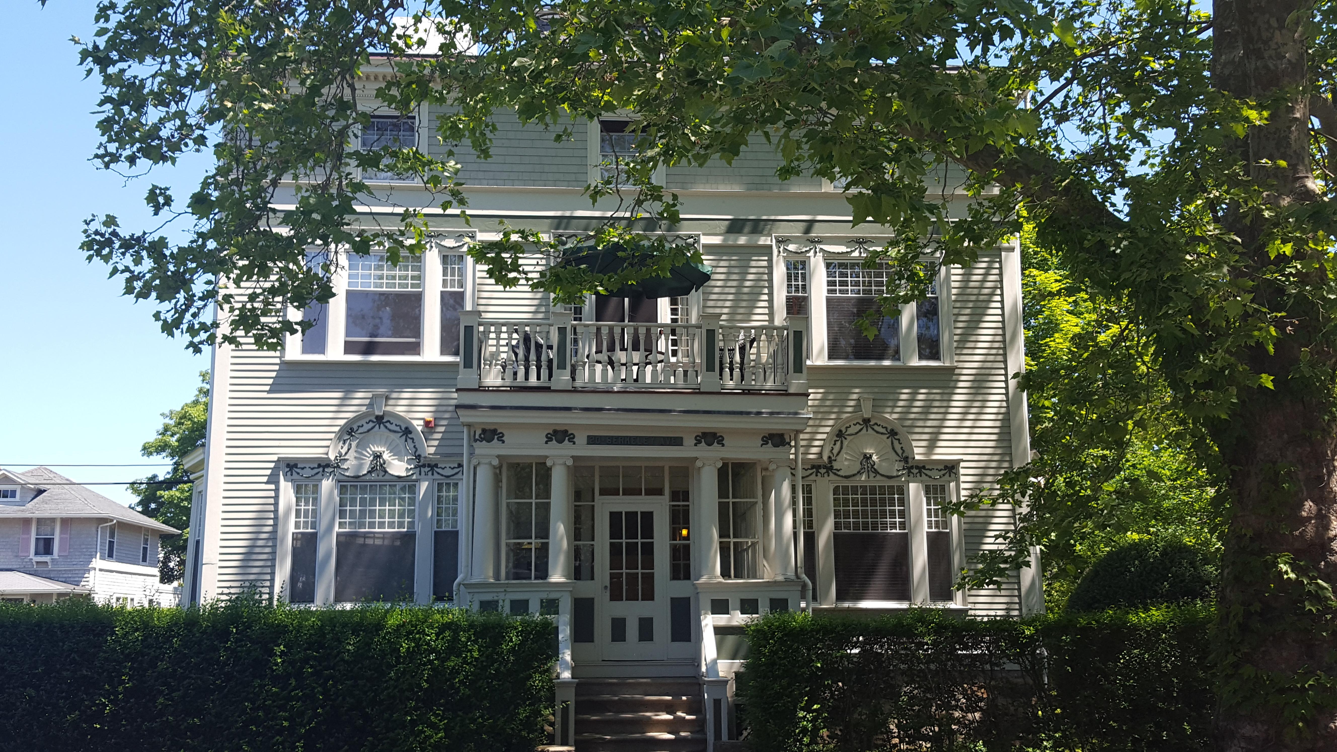 Condominium for Sale at 20 Berkeley Av, #4, Newport, RI 20 Berkeley Av 4 Newport, Rhode Island, 02840 United States