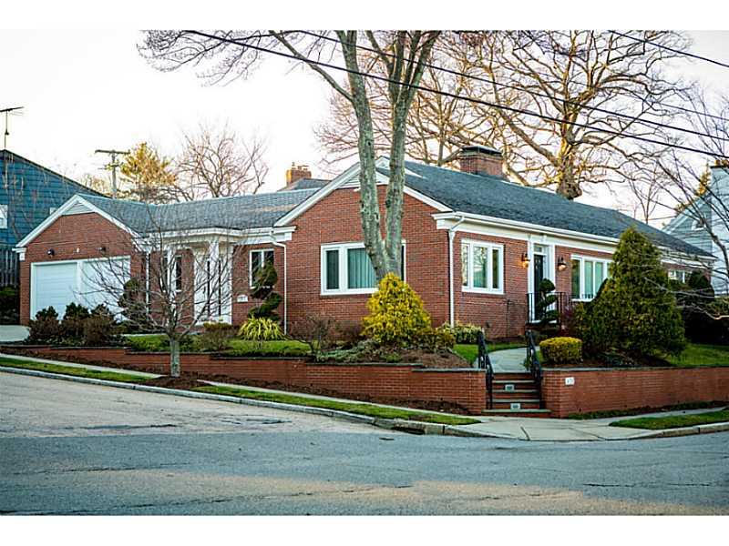 一戸建て のために 売買 アット 620 Elmgrove Av, East Side Of Prov, RI Providence, ロードアイランド, 02906 アメリカ合衆国