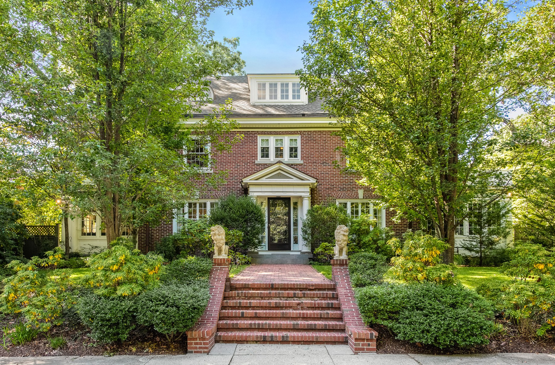 Single Family Homes for Sale at 97 Loring Avenue, East Side Of Providence, RI 97 Loring Avenue Providence, Rhode Island 02906 United States