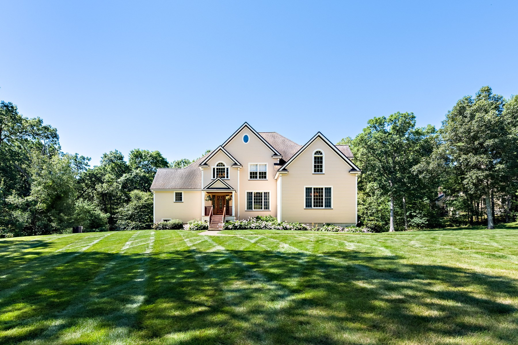 Single Family Home for Active at 47 Hudson Rd, Bolton, MA 47 Hudson Rd Bolton, Massachusetts 01740 United States