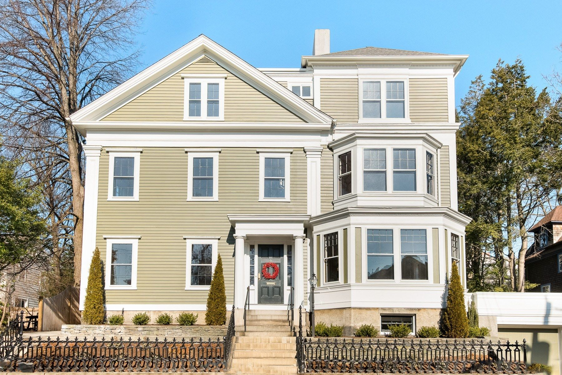 Single Family Homes por un Venta en 6 Olive Street, East Side Of Providence, RI 6 Olive Street Providence, Rhode Island 02906 Estados Unidos