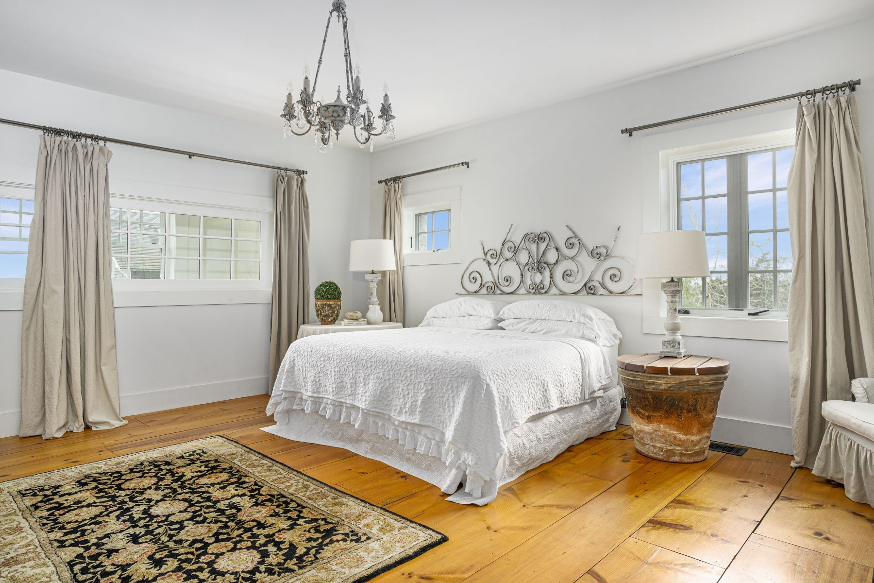 Additional photo for property listing at 256 E Shore Road, Jamestown, RI 256 E Shore Road Jamestown, Rhode Island 02835 United States