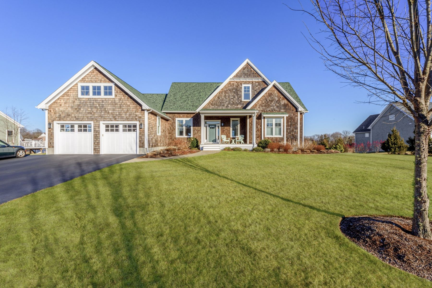 Single Family Homes for Sale at 71 East Matunuck Farm Drive South Kingstown, Rhode Island 02879 United States