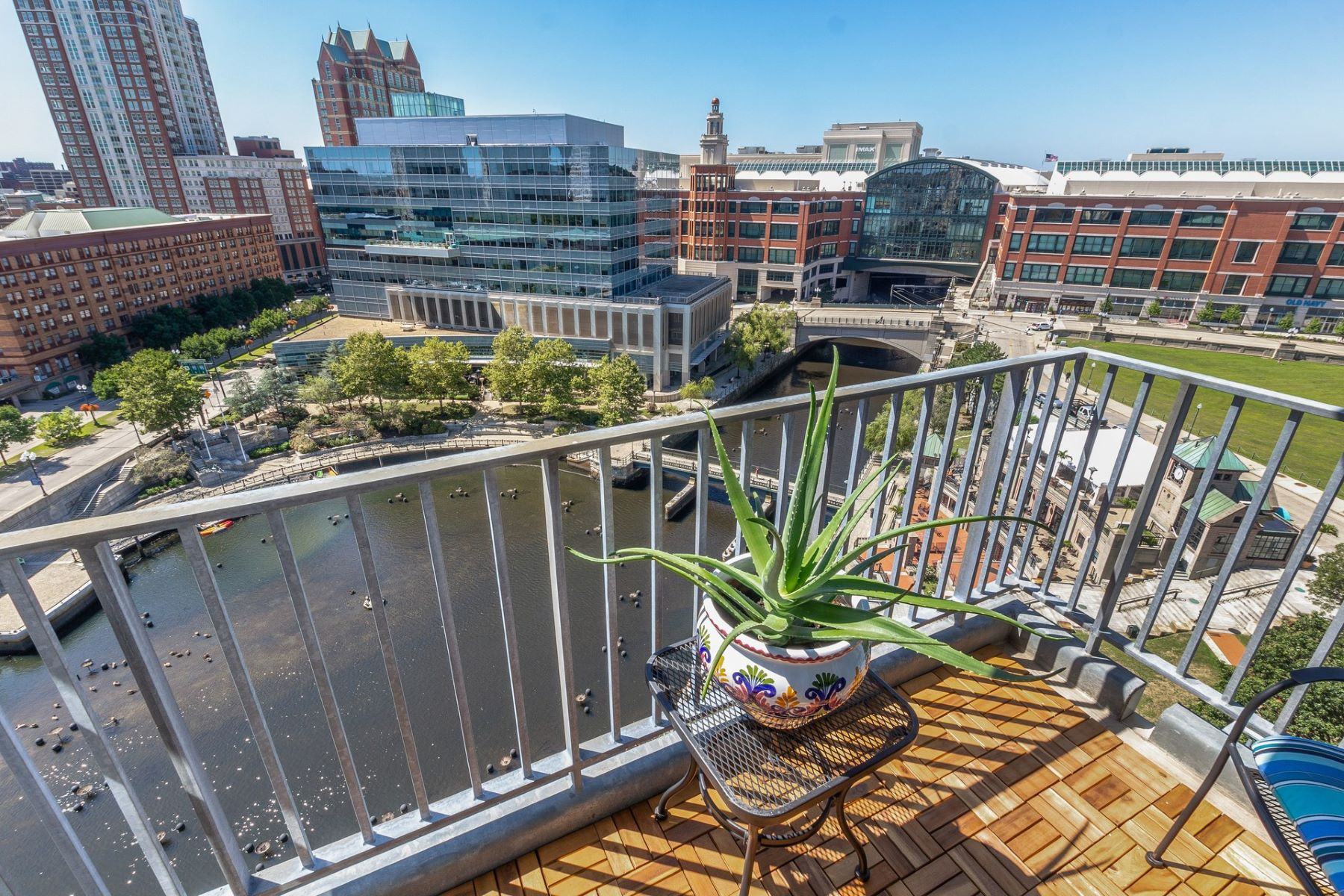 Condominiums for Sale at 200 Exchange St., #1013, Providence, RI 200 Exchange St. 1013 Providence, Rhode Island 02903 United States