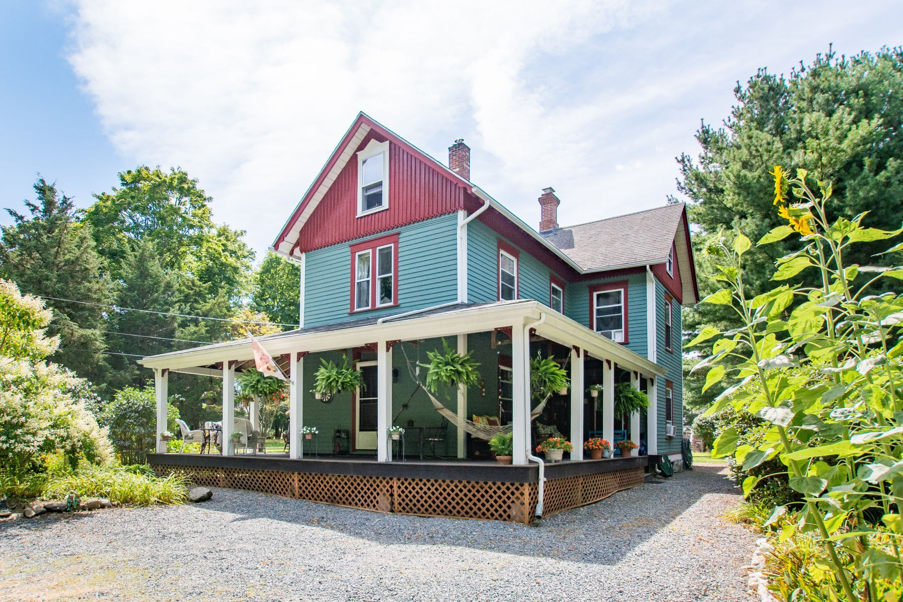 Single Family Homes for Sale at 883 East Shore Road, Jamestown, RI Jamestown, Rhode Island 02835 United States