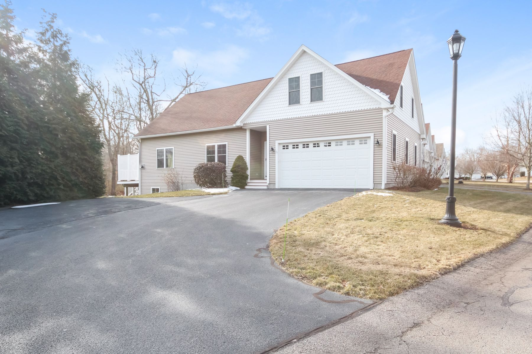 Appartement voor Verkoop op 79 Southwinds Dr, South Kingstown, RI South Kingstown, Rhode Island 02879 Verenigde Staten