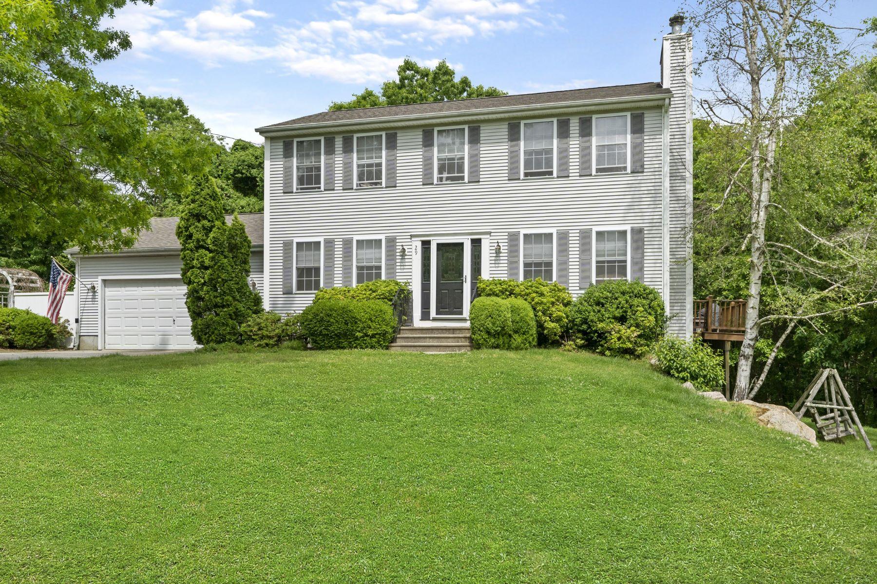 single family homes voor Verkoop op 29 Breton Dr, Charlestown, RI Charlestown, Rhode Island 02813 Verenigde Staten
