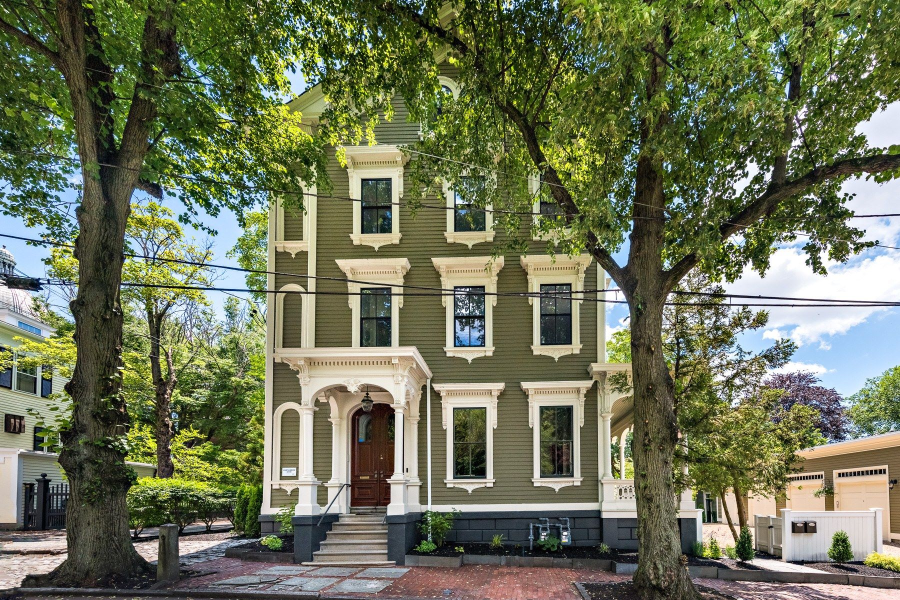 Condominiums for Sale at 13 Cushing Street, #1, East Side Of Providence, RI 13 Cushing Street, 1 Providence, Rhode Island 02906 United States