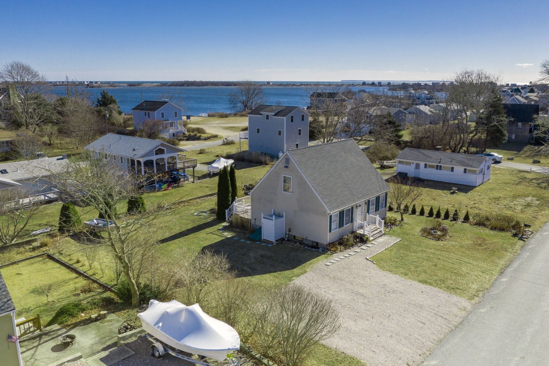 Μονοκατοικία για την Πώληση στο 178 Cedar Rd, Charlestown, RI Charlestown, Ροουντ Αϊλαντ 02813 Ηνωμένες Πολιτείες