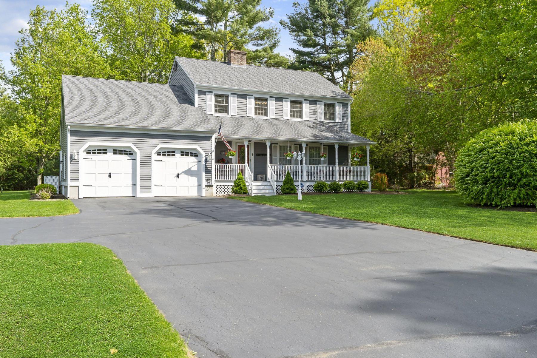 single family homes voor Verkoop op 21 Keith Dr, Hopkinton, RI Hopkinton, Rhode Island 02832 Verenigde Staten